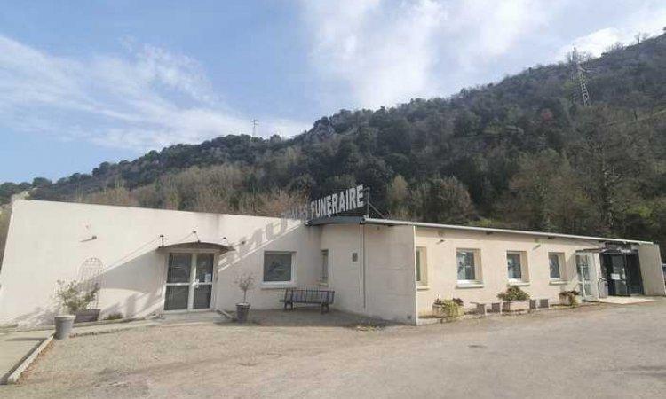 Extérieur accueil chambres funéraires à Foix.